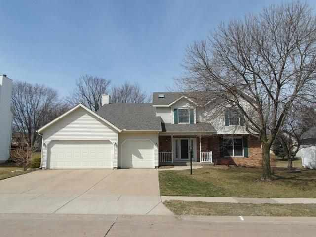 Real Estate for Sale, ListingId: 23016128, Bettendorf, IA  52722