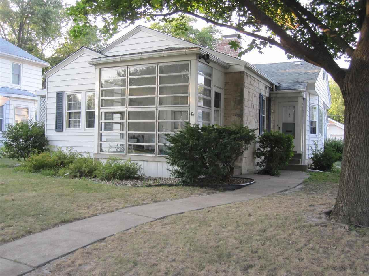 Rental Homes for Rent, ListingId:25450310, location: 2425 19TH Avenue Moline 61265