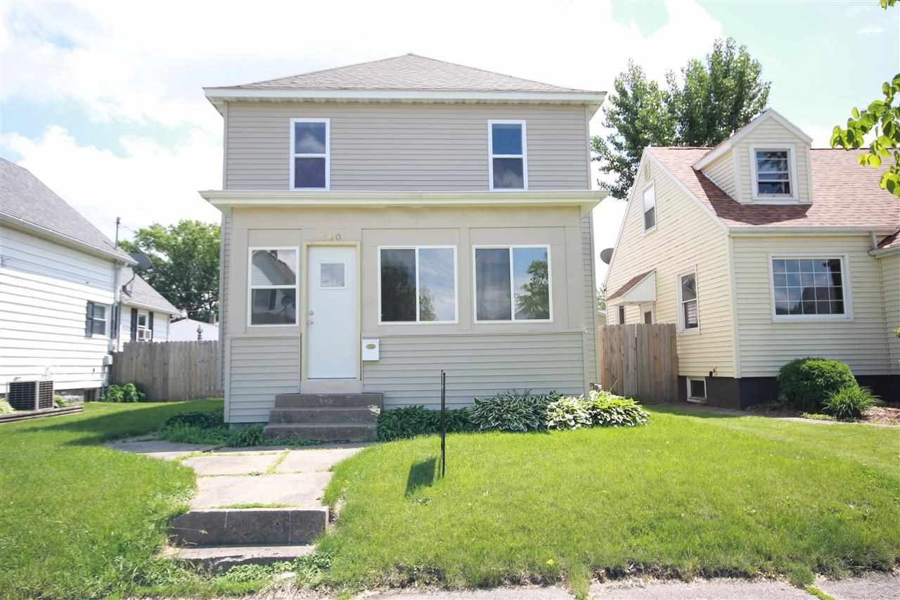 Rental Homes for Rent, ListingId:28417242, location: 540 20TH Avenue Moline 61265