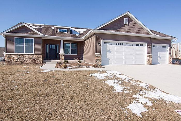 Real Estate for Sale, ListingId: 28768644, Bettendorf,IA52722
