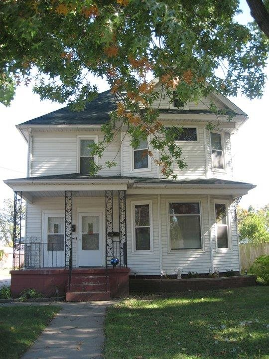 Rental Homes for Rent, ListingId:29812113, location: 1821 1/2 16TH Rock Island 61201