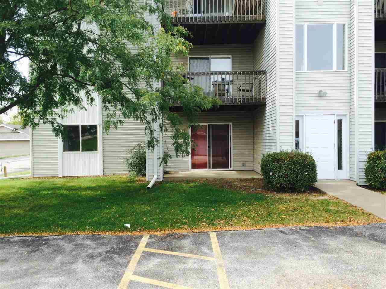 Rental Homes for Rent, ListingId:30249249, location: 4165 MALLARD Court Bettendorf 52722