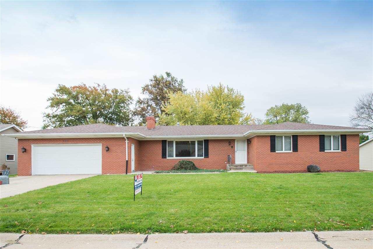Real Estate for Sale, ListingId: 30320135, Coal Valley,IL61240