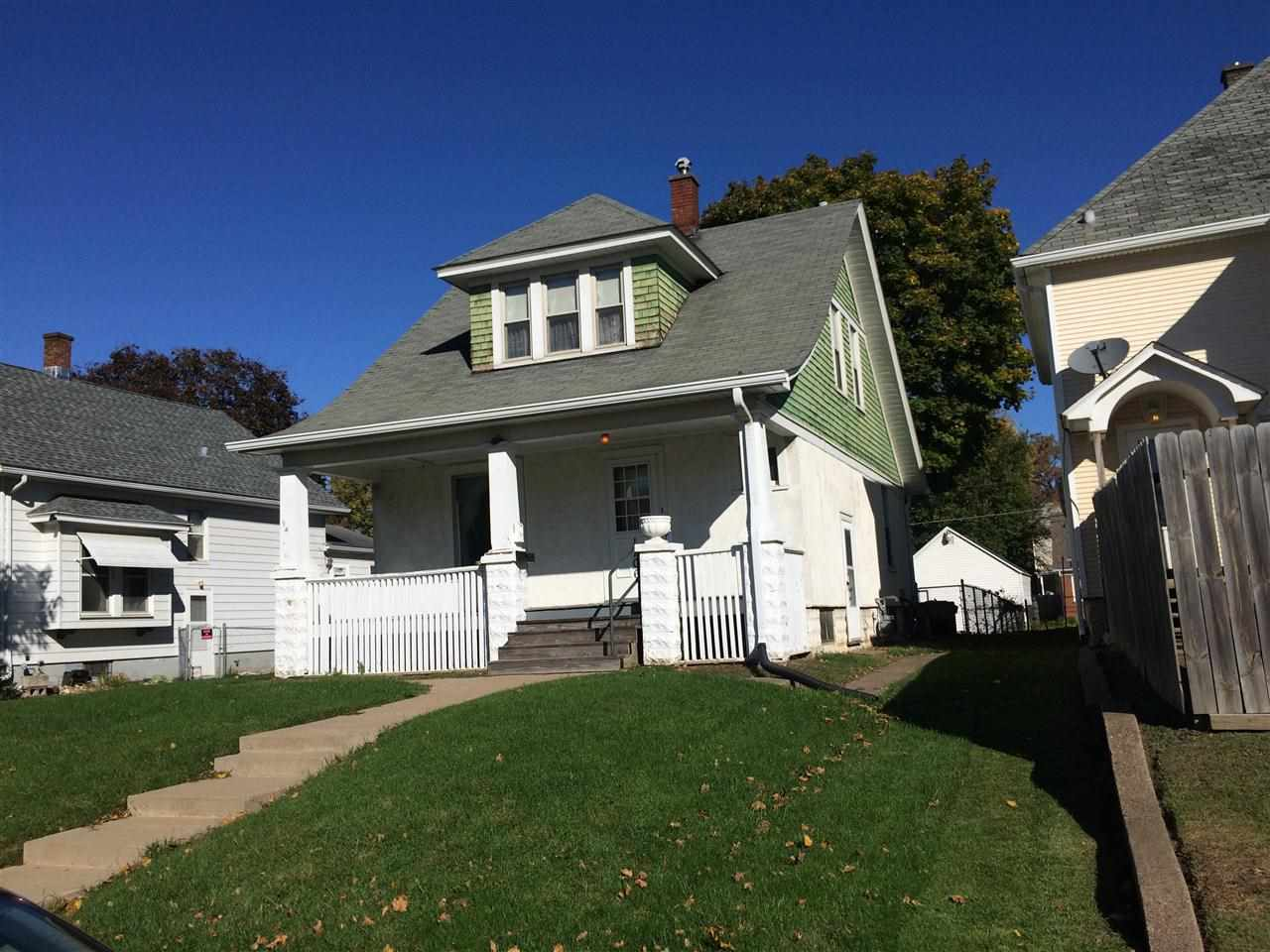 Rental Homes for Rent, ListingId:30357929, location: 1706 W 16TH Davenport 52806