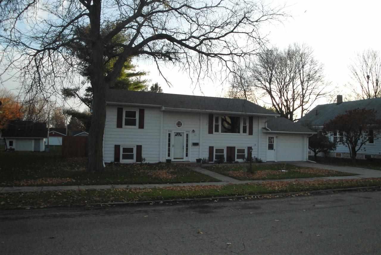 Real Estate for Sale, ListingId: 30592025, de Witt,IA52742