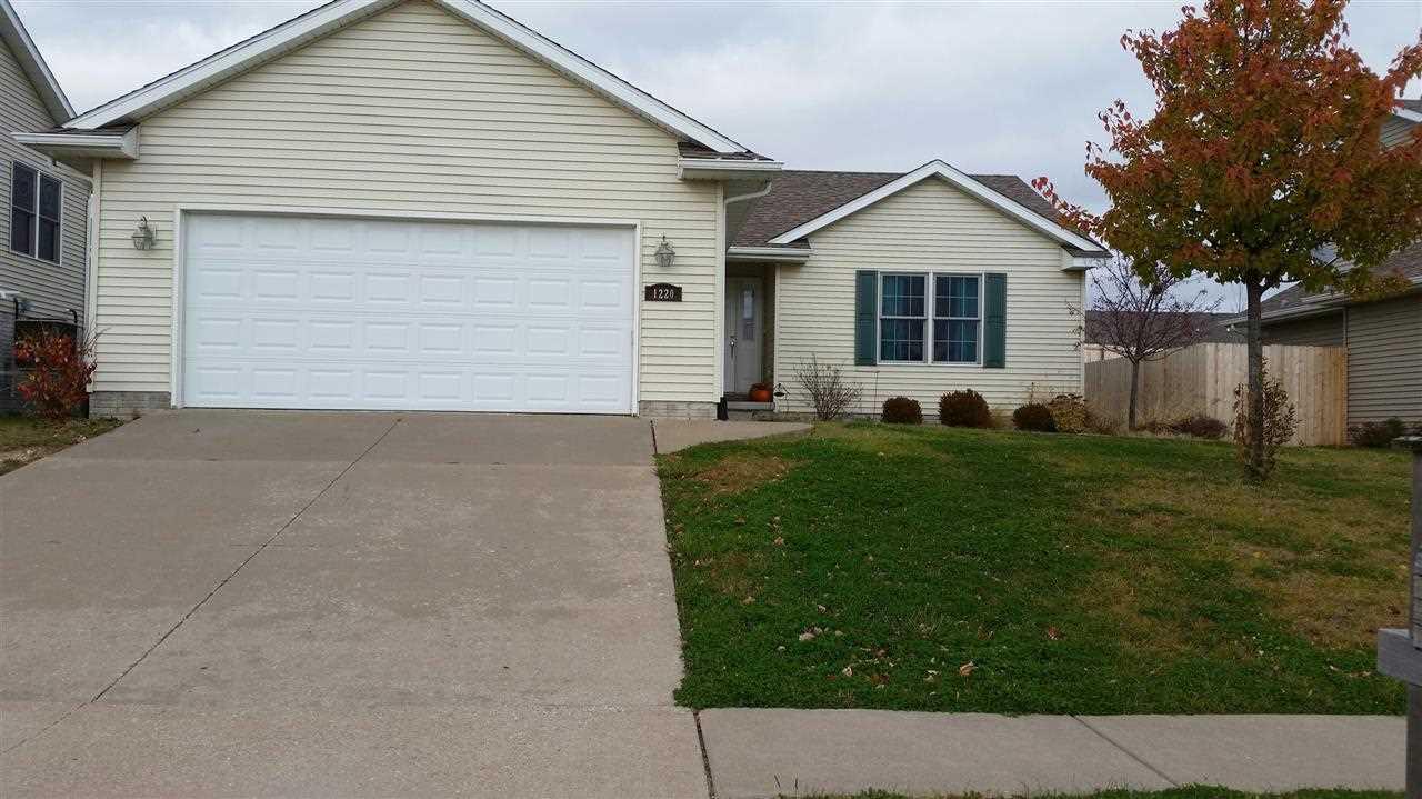 Rental Homes for Rent, ListingId:30592014, location: 1220 W 61ST Davenport 52806