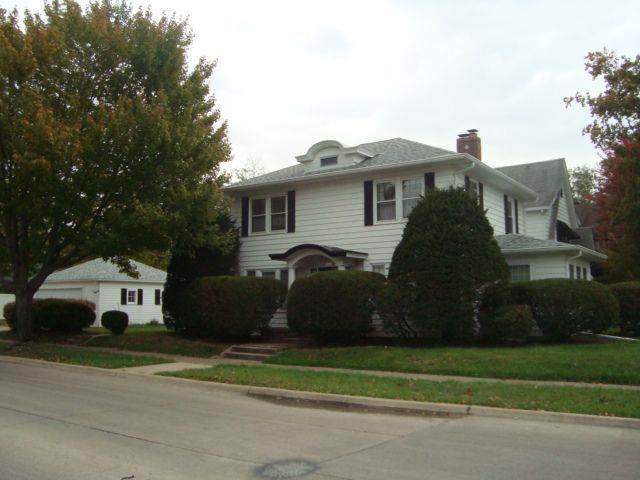 Rental Homes for Rent, ListingId:30592034, location: 1200 23RD Avenue Moline 61265