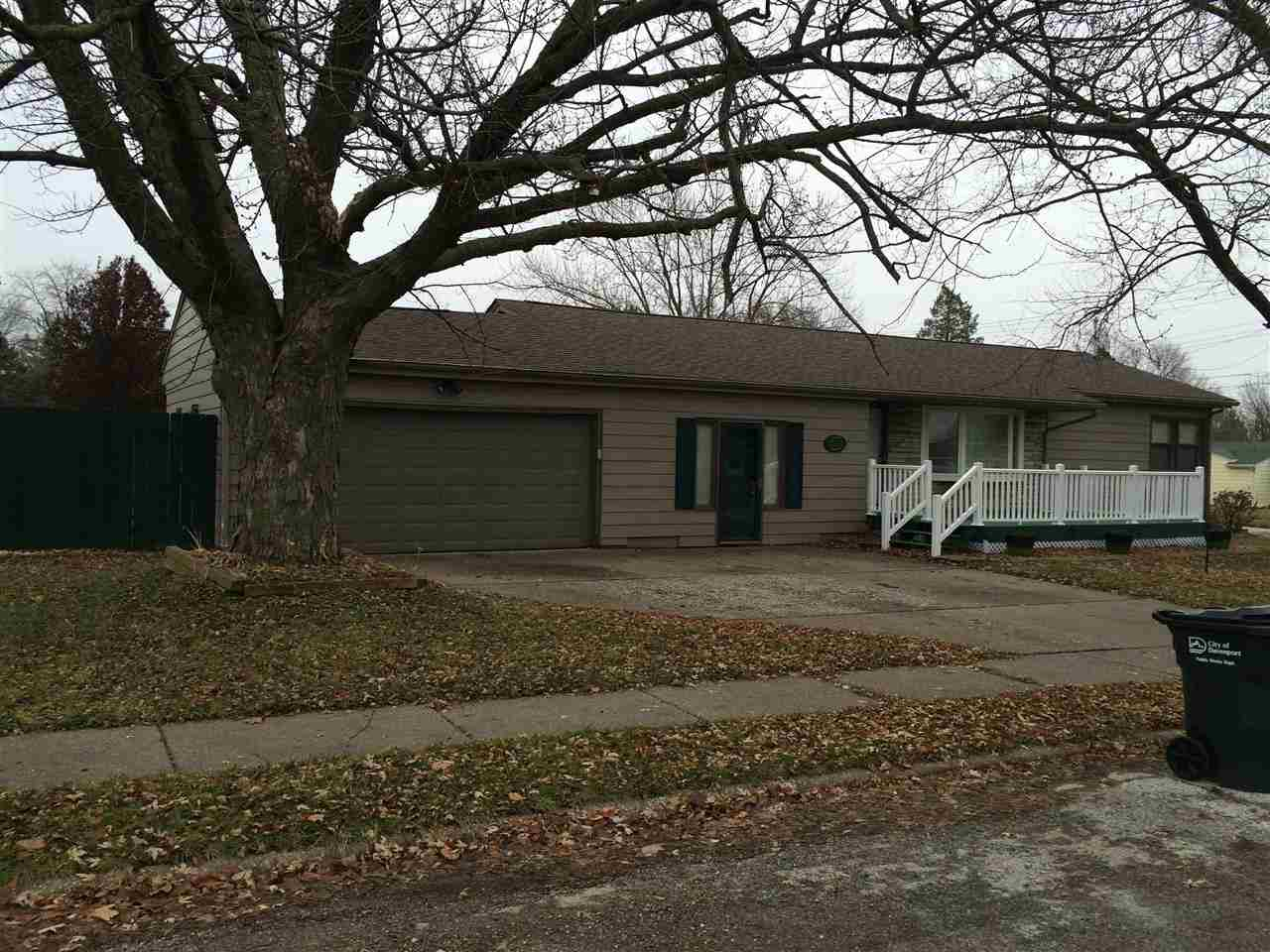 Rental Homes for Rent, ListingId:30830601, location: 1305 N ELMWOOD Avenue Davenport 52804