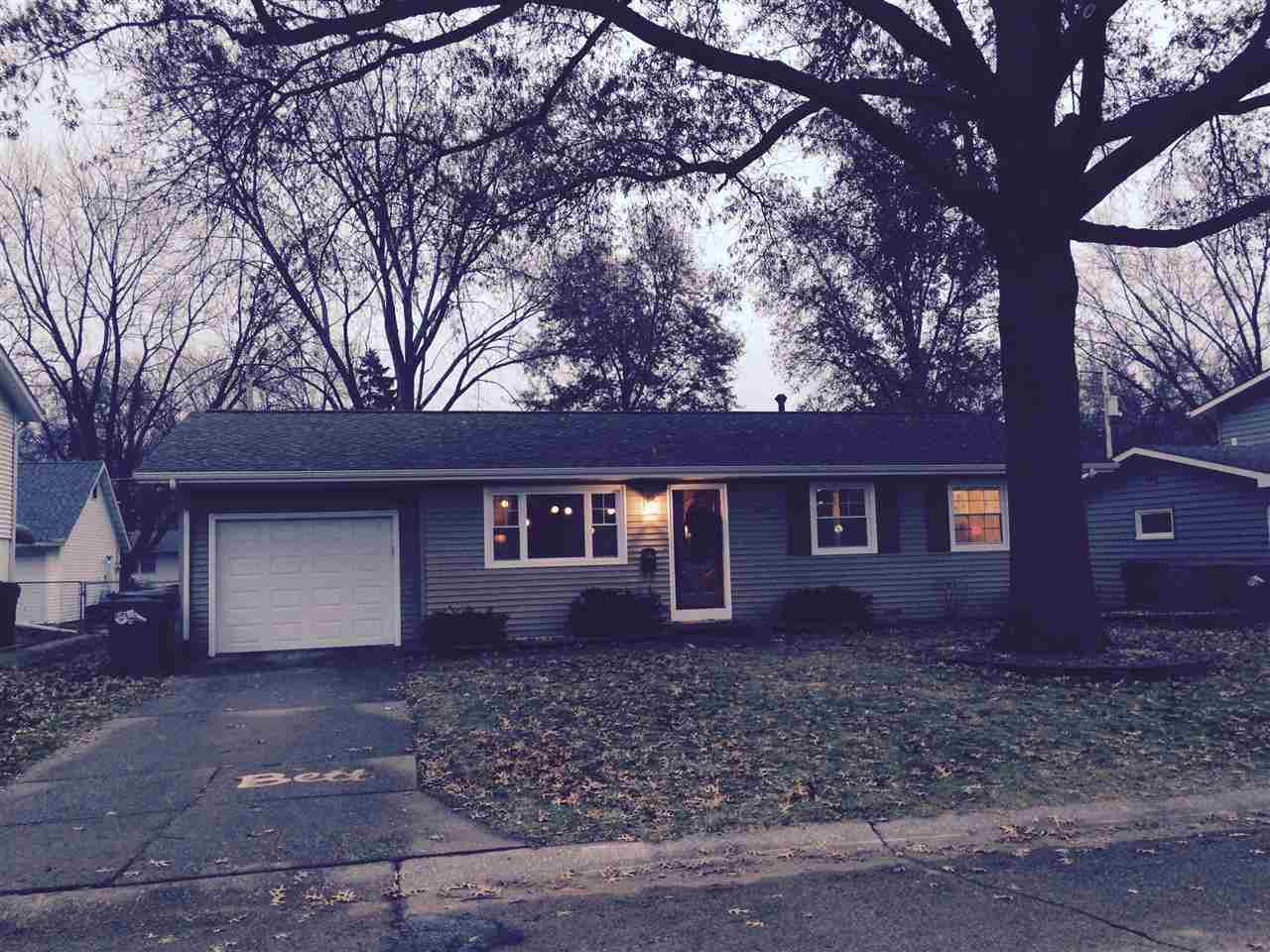 Rental Homes for Rent, ListingId:30879556, location: 1717 20TH Bettendorf 52722
