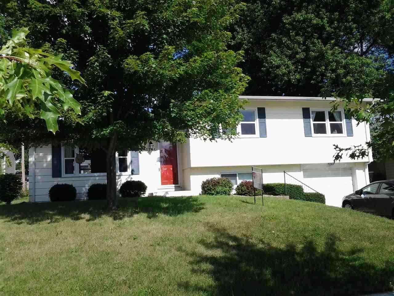 Rental Homes for Rent, ListingId:31100377, location: 3395 29TH ST Bettendorf 52722
