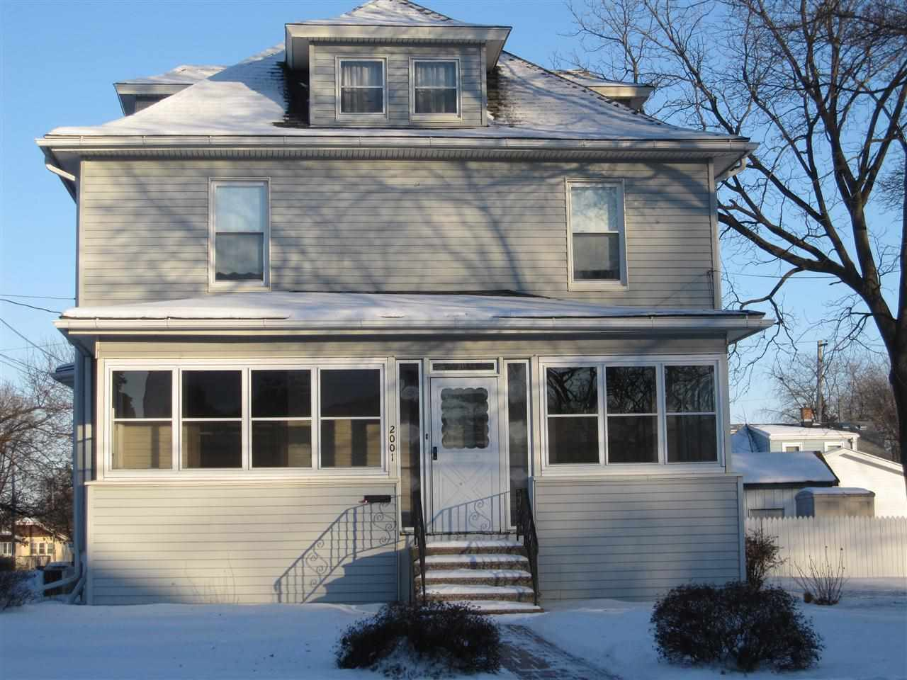 Rental Homes for Rent, ListingId:31230991, location: 2001 30TH Street Rock Island 61201