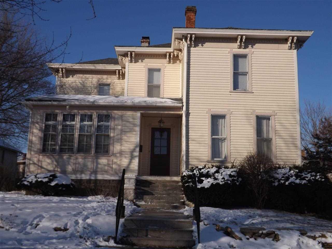 Rental Homes for Rent, ListingId:31351640, location: 1120 MISSISSIPPI Davenport 52803