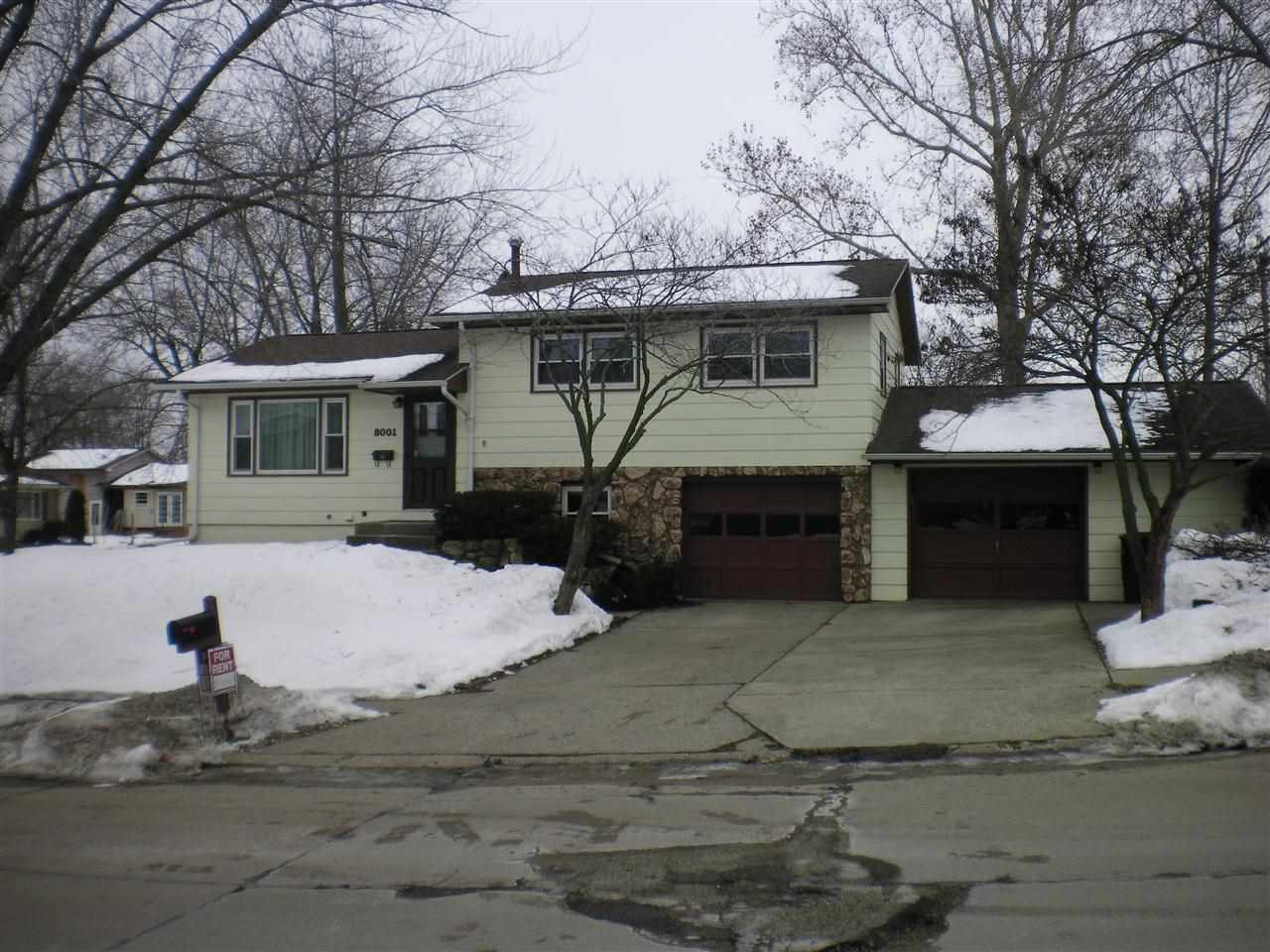 Rental Homes for Rent, ListingId:31635533, location: 8001 10TH ST W Rock Island 61201