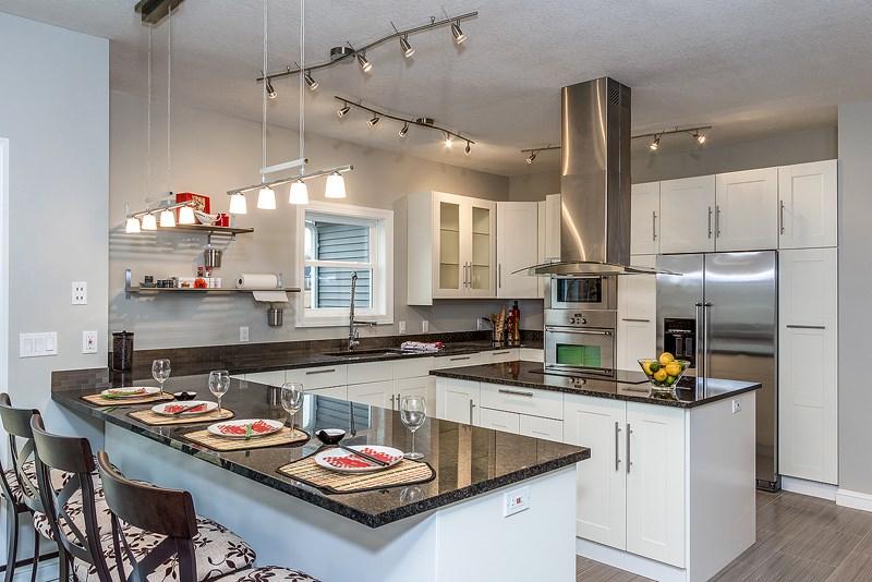 Real Estate for Sale, ListingId: 31736898, Davenport,IA52807