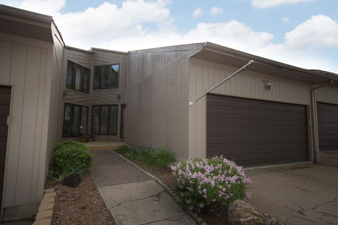 Rental Homes for Rent, ListingId:33111041, location: 4074 PRAIRIE Lane Bettendorf 52722