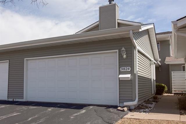 Rental Homes for Rent, ListingId:33454795, location: 3824 PRAIRIE Lane Bettendorf 52722