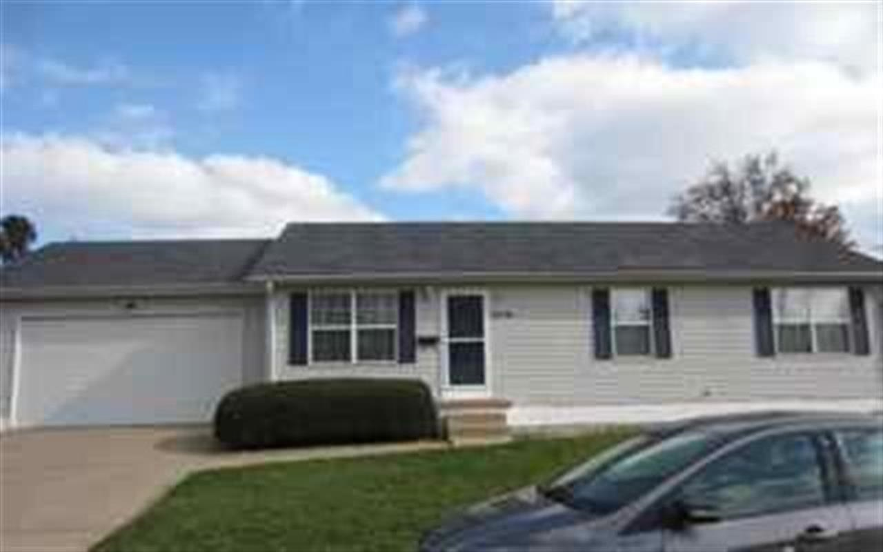 Rental Homes for Rent, ListingId:33534210, location: 1309 28TH ST Bettendorf 52722