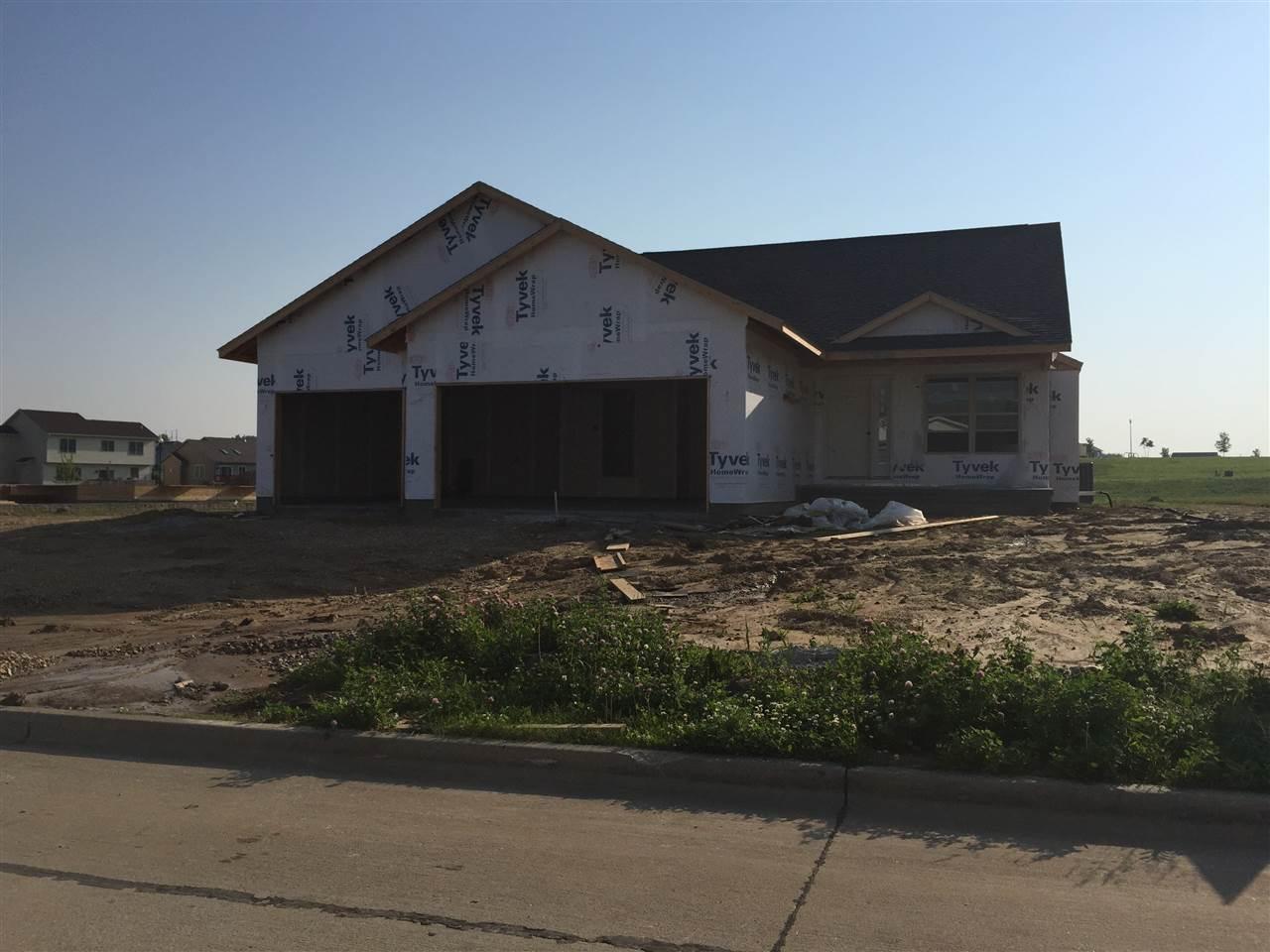 Real Estate for Sale, ListingId: 33674192, Davenport,IA52807