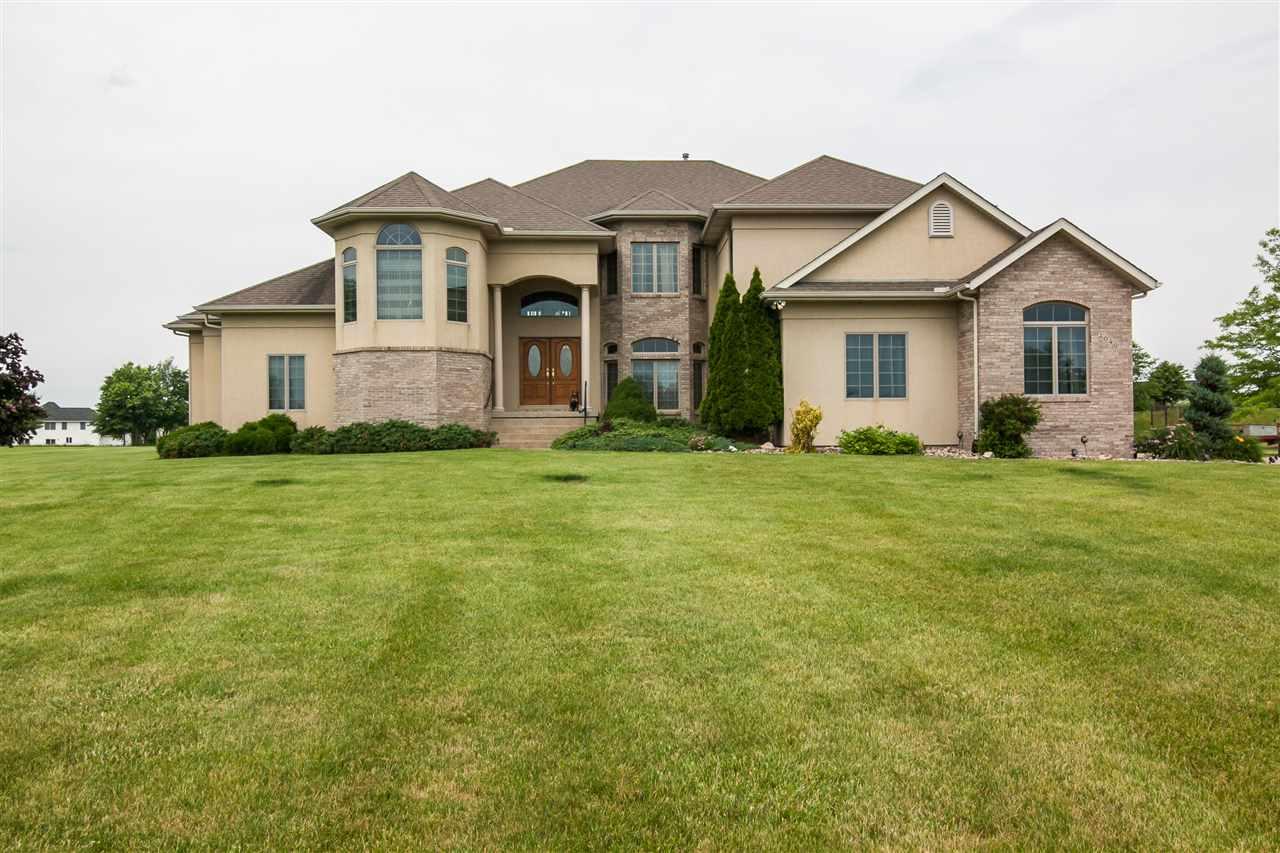 Real Estate for Sale, ListingId: 33734794, Davenport,IA52807