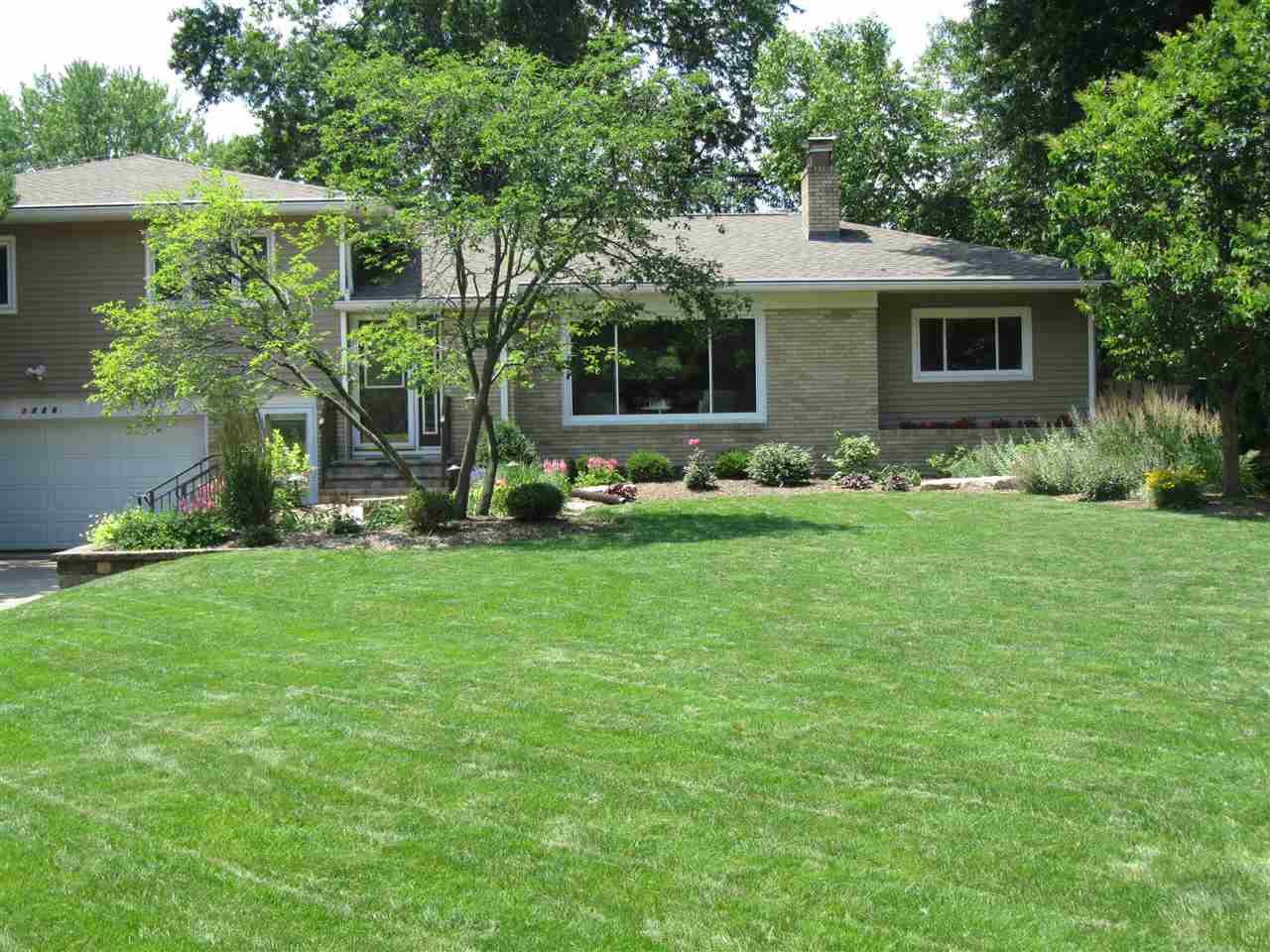 Real Estate for Sale, ListingId: 34131576, Davenport,IA52803