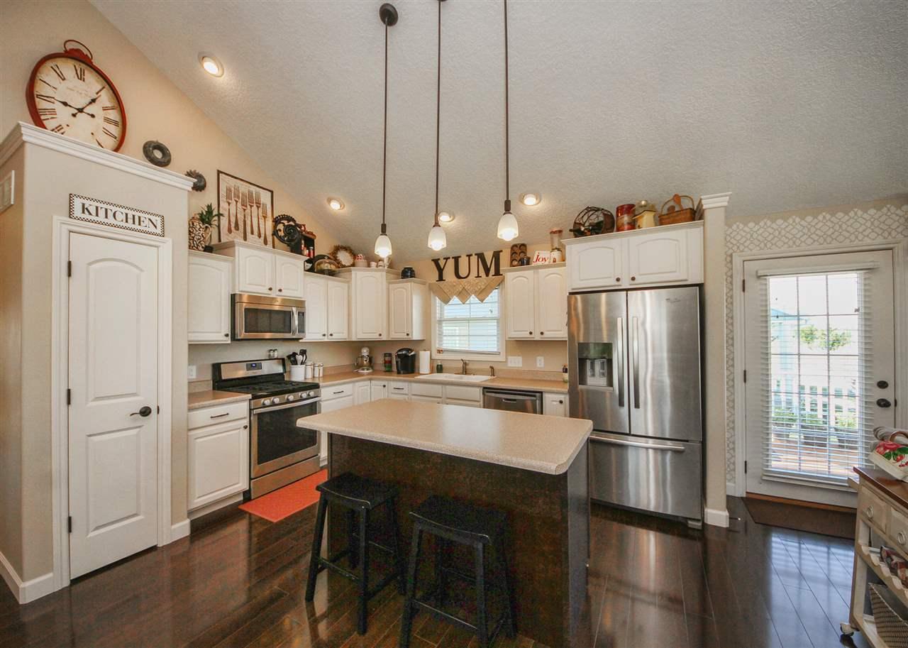 Real Estate for Sale, ListingId: 34874216, Davenport,IA52807