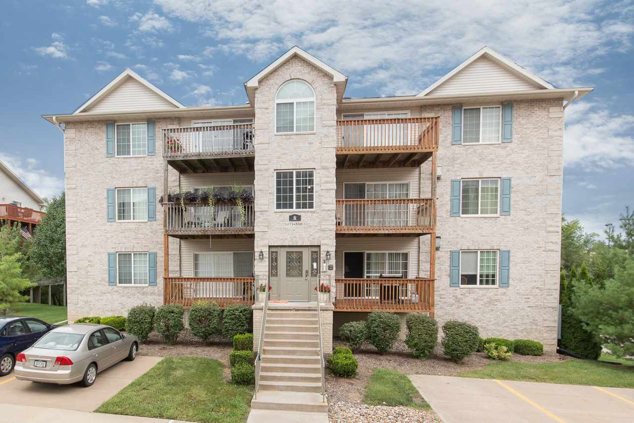 Rental Homes for Rent, ListingId:34926359, location: 3076 HOLIDAY Court Bettendorf 52722
