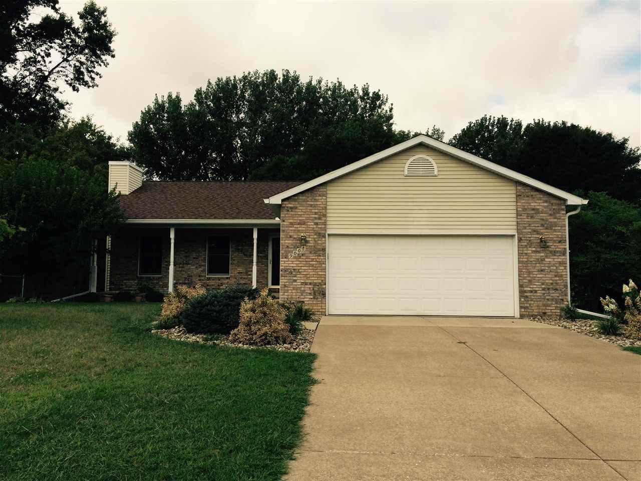 Rental Homes for Rent, ListingId:35062331, location: 9008 33RD ST W Rock Island 61201