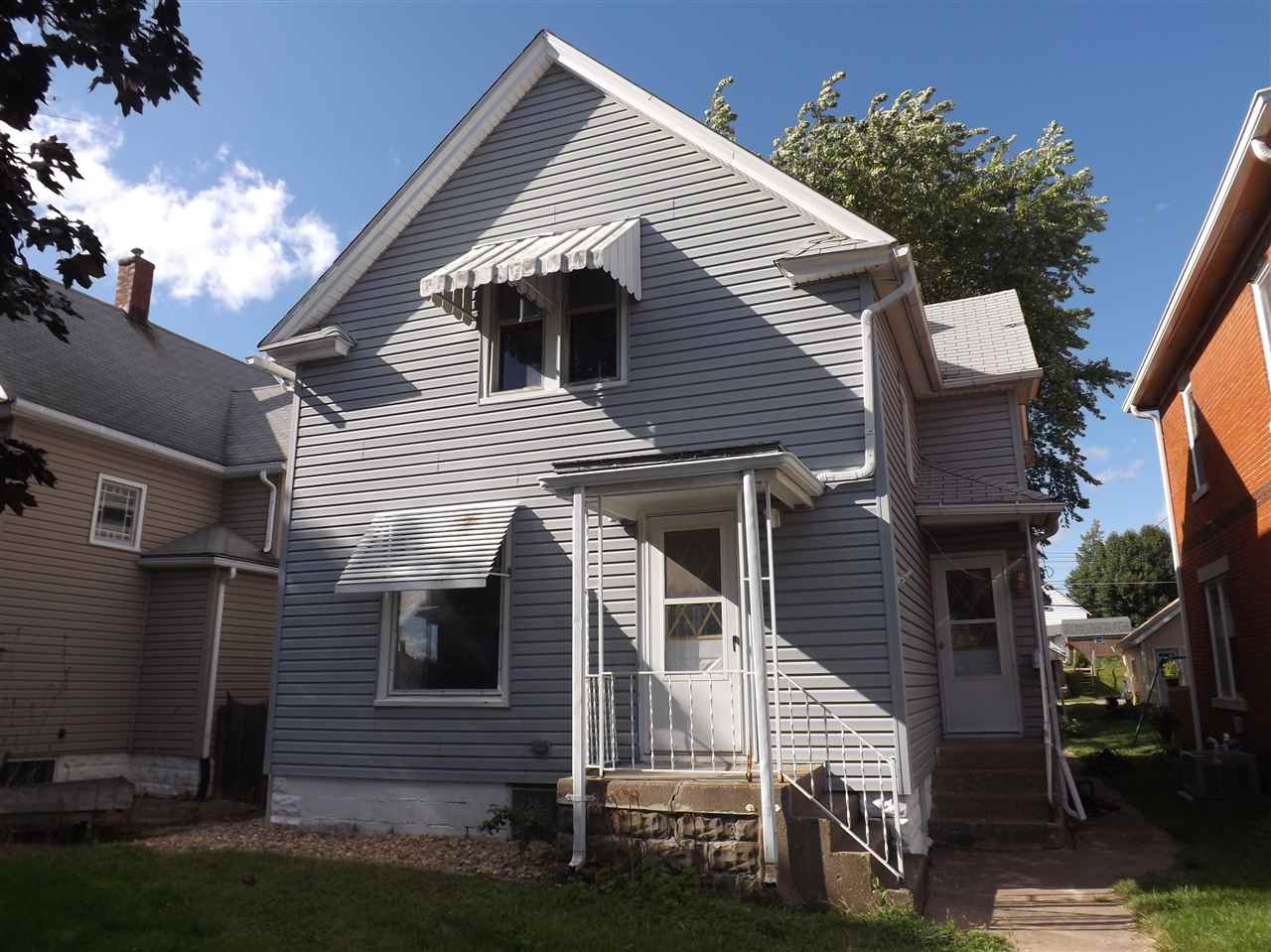 Rental Homes for Rent, ListingId:35062329, location: 407 1/2 17TH Avenue Moline 61265