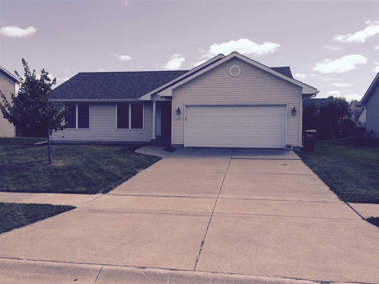 Rental Homes for Rent, ListingId:35079759, location: 1225 W 61ST Davenport 52804