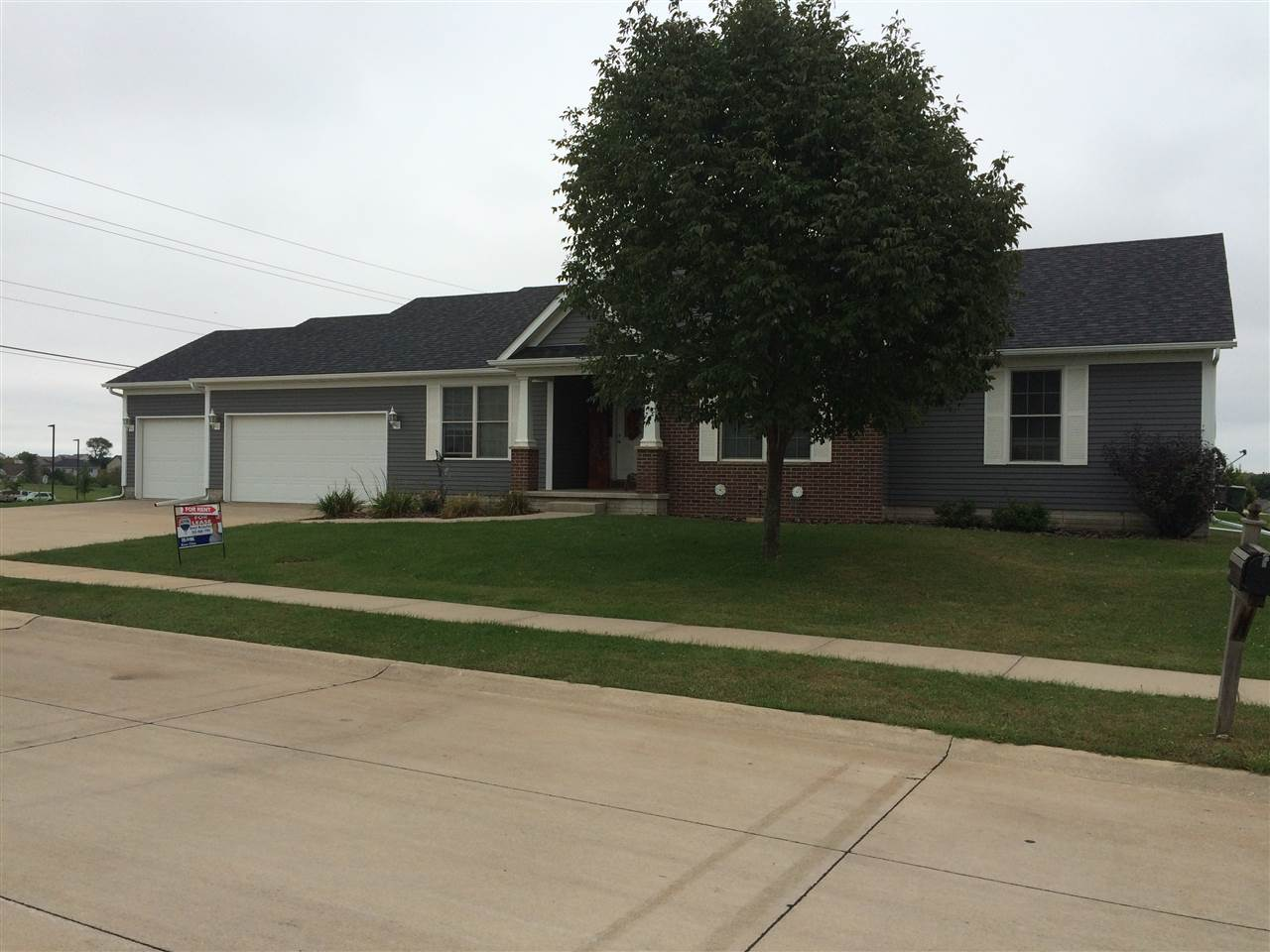 Rental Homes for Rent, ListingId:35079758, location: 5961 JOSHUA Drive Bettendorf 52722