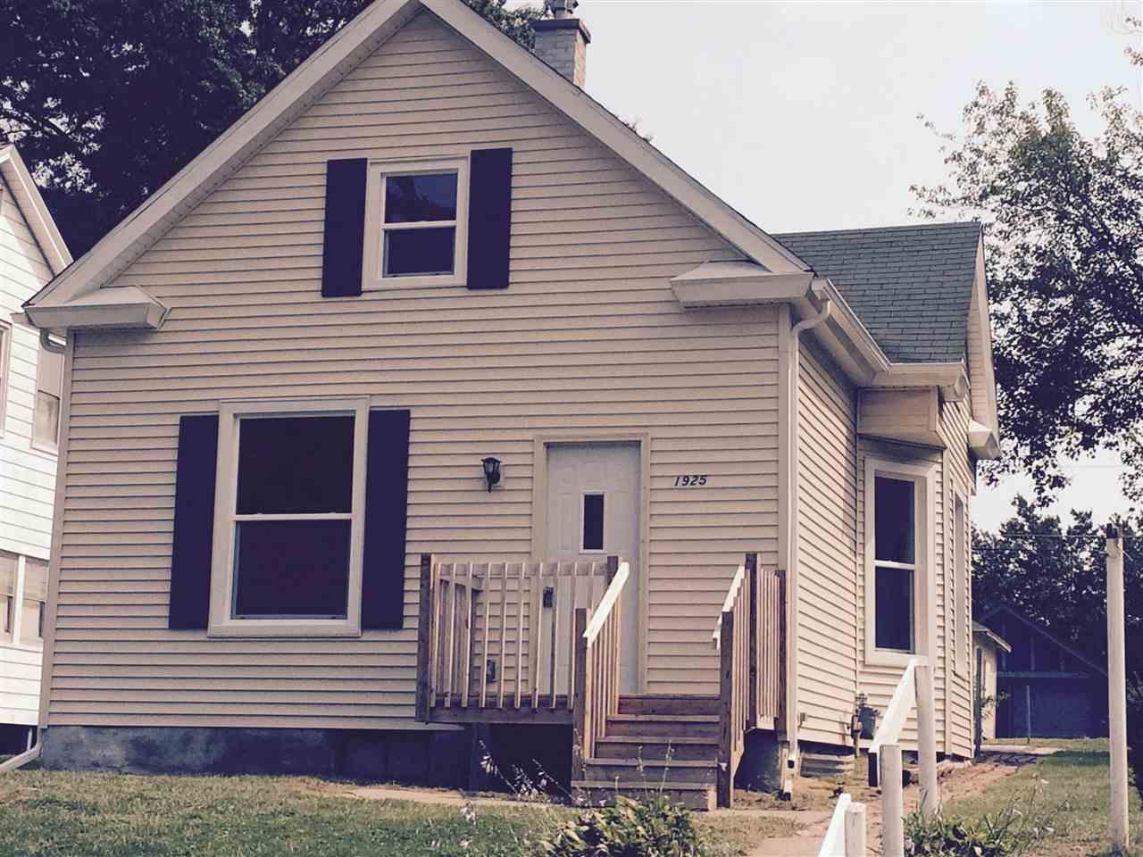Rental Homes for Rent, ListingId:35167564, location: 1925 VINE Davenport 52804