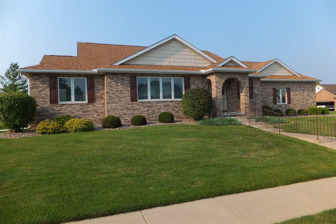 Real Estate for Sale, ListingId: 35268663, Davenport,IA52804