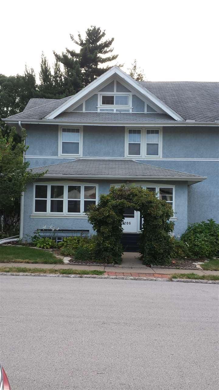 Rental Homes for Rent, ListingId:35275710, location: 2206 LECLAIRE Street Davenport 52803
