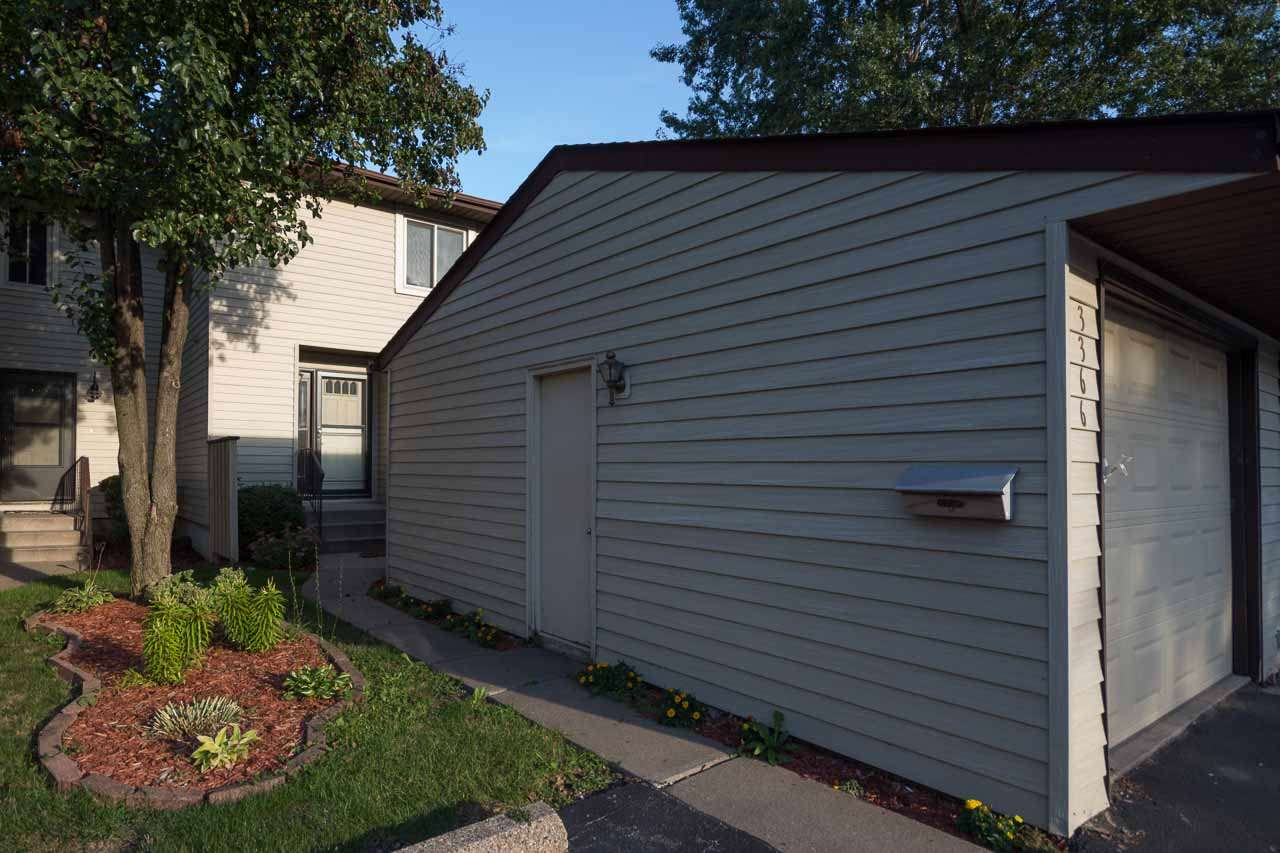 Rental Homes for Rent, ListingId:35487160, location: 3366 JOHNATHAN Bettendorf 52722