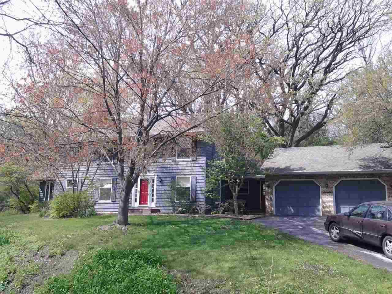 Rental Homes for Rent, ListingId:35689753, location: 4950 CENTER Bettendorf 52722