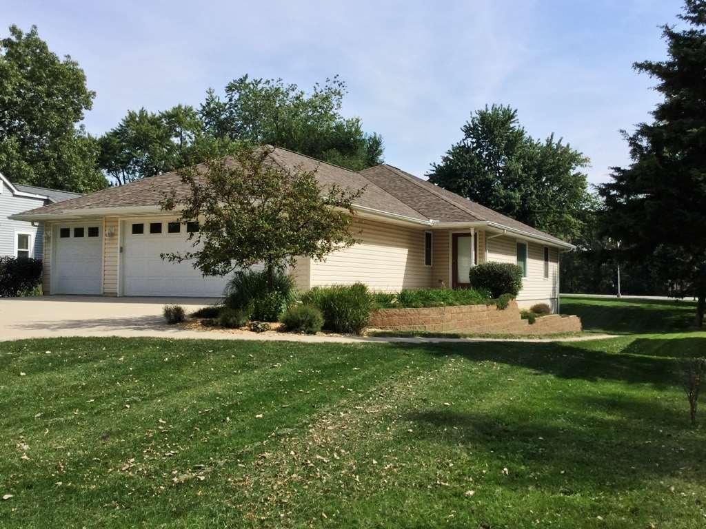 Real Estate for Sale, ListingId: 35785814, Moline,IL61265