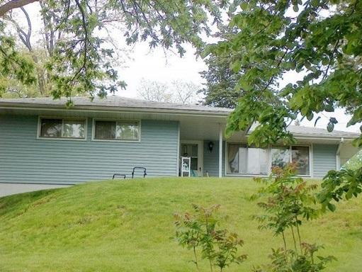 Rental Homes for Rent, ListingId:35944650, location: 2130 GLASPELL Street Davenport 52804