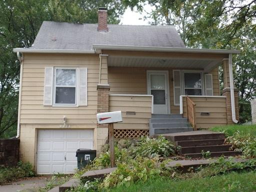Rental Homes for Rent, ListingId:35944652, location: 2211 JERSEY RIDGE Road Davenport 52803