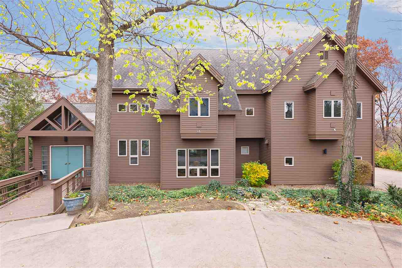 Rental Homes for Rent, ListingId:36120812, location: 5834 LEWIS Court Bettendorf 52722