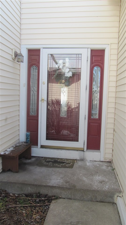 Rental Homes for Rent, ListingId:36274087, location: 3025 PARK WILD Drive Bettendorf 52722