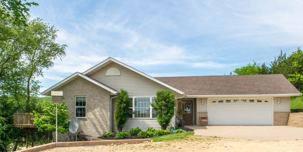 Real Estate for Sale, ListingId: 37033645, Bellevue,IA52031