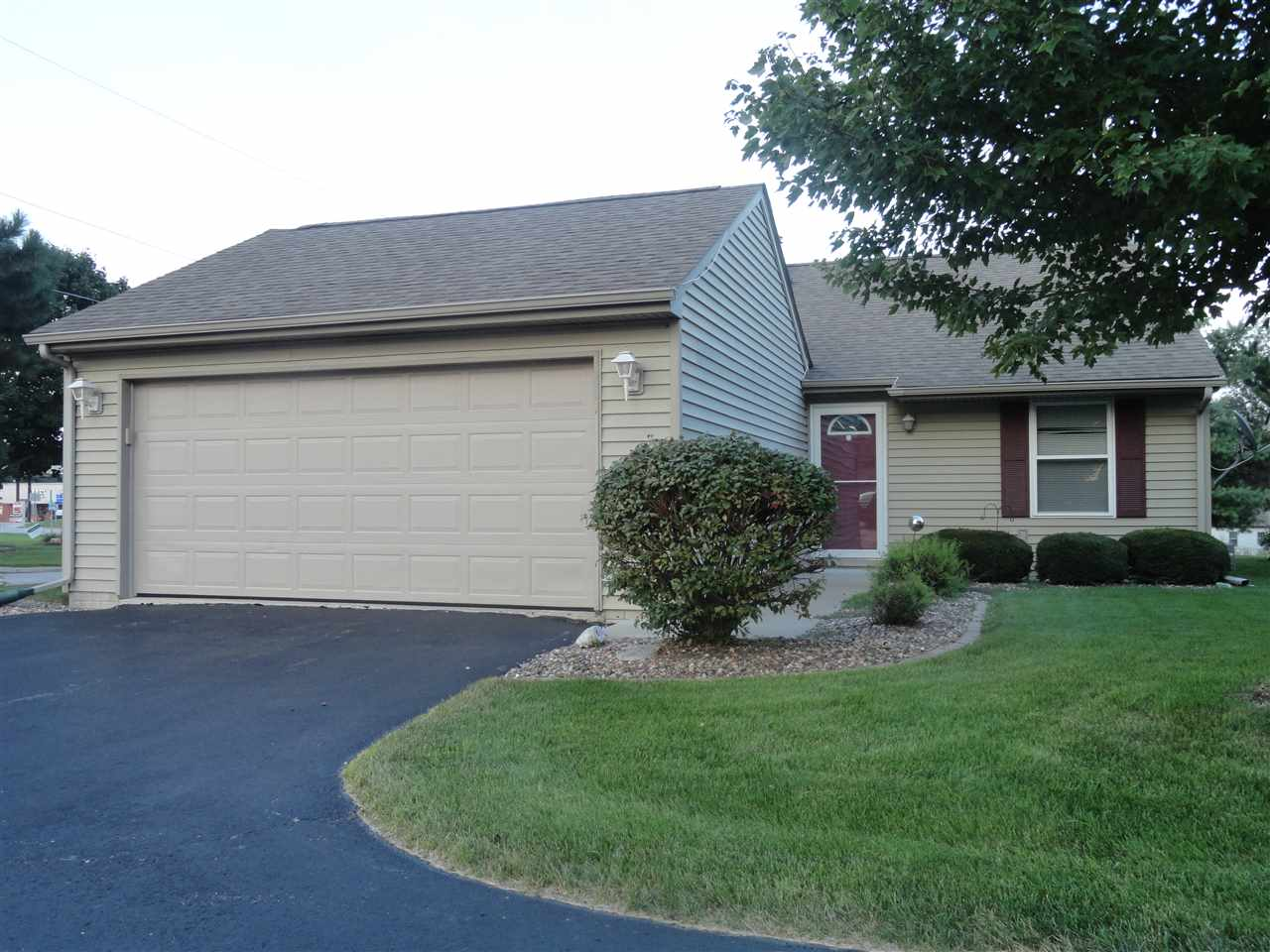 Photo of 1202  DIVISION Street  Orion  IL