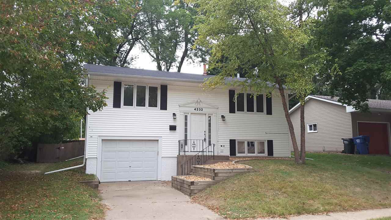 Photo of 4232  WARREN Street  Davenport  IA