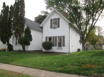 Photo of 525 W 17TH Street  Davenport  IA