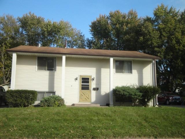 4423 Brown St, Davenport, IA 52806