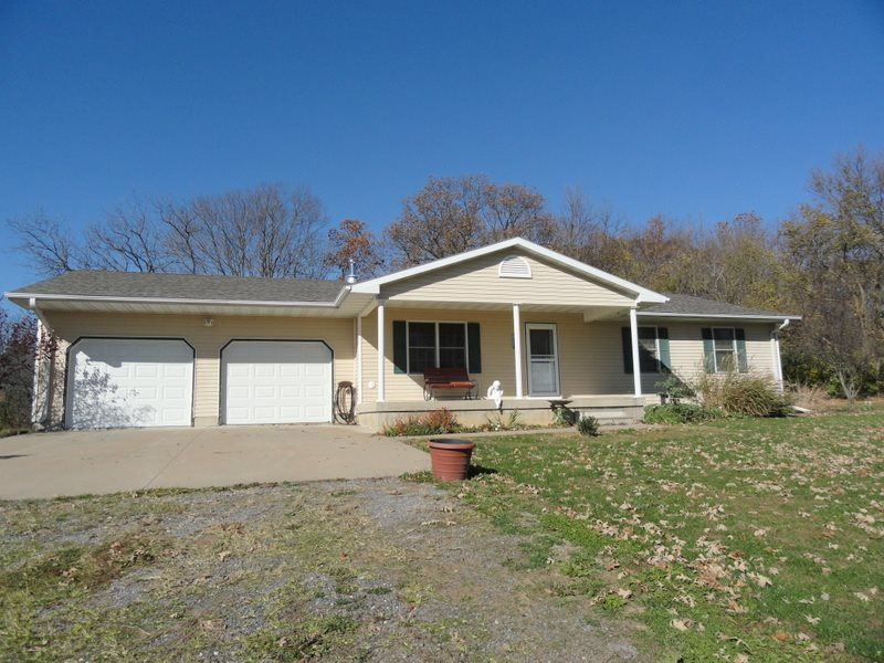 13800 238th St W, Illinois City, IL 61259