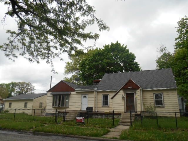 Photo of 706 S ELSIE Avenue  Davenport  IA