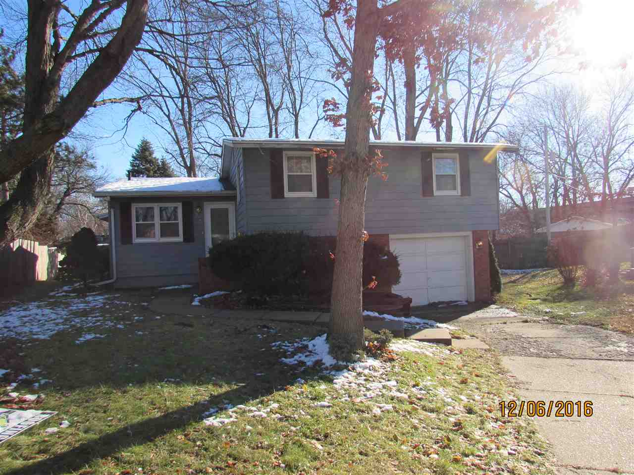 Photo of 2339  HAWTHORNE Court  Bettendorf  IA