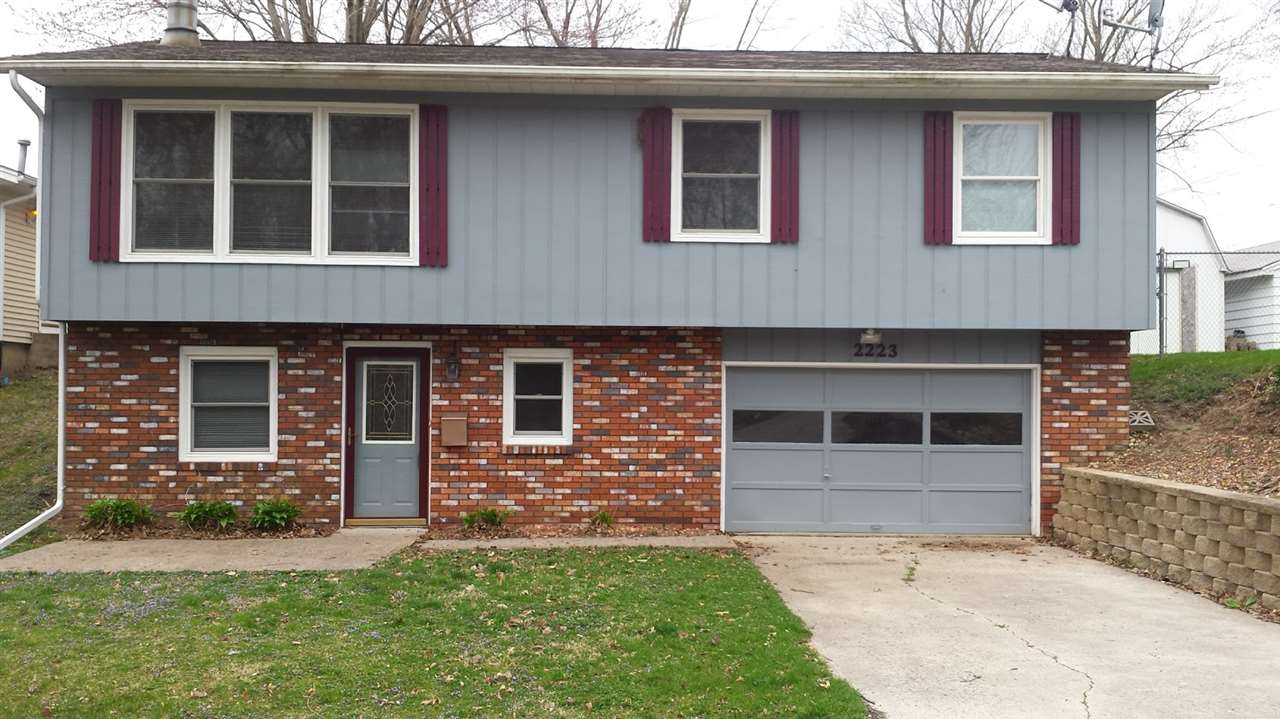 Photo of 2223  5TH Street  East Moline  IL