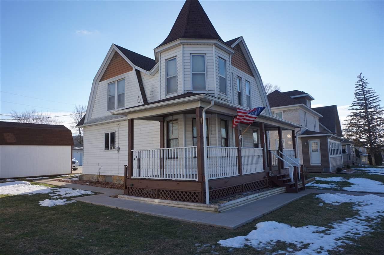 Photo of 608  STATE Street  Bellevue  IA
